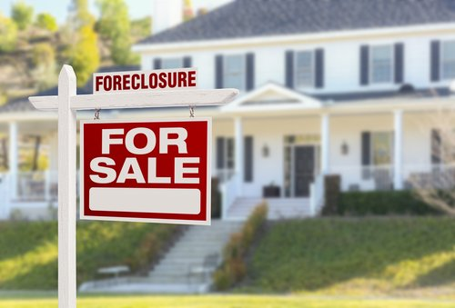 What You Need To Know Before Buying A Foreclosure